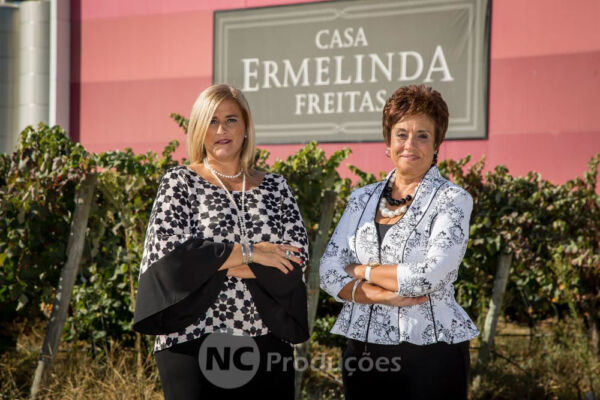 Casa Ermelinda Freitas Fotografia, Vídeo, Livestream Profissional